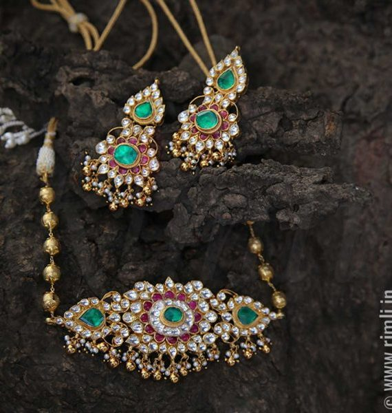 Traditonal Necklace With White,Green & Red Stones