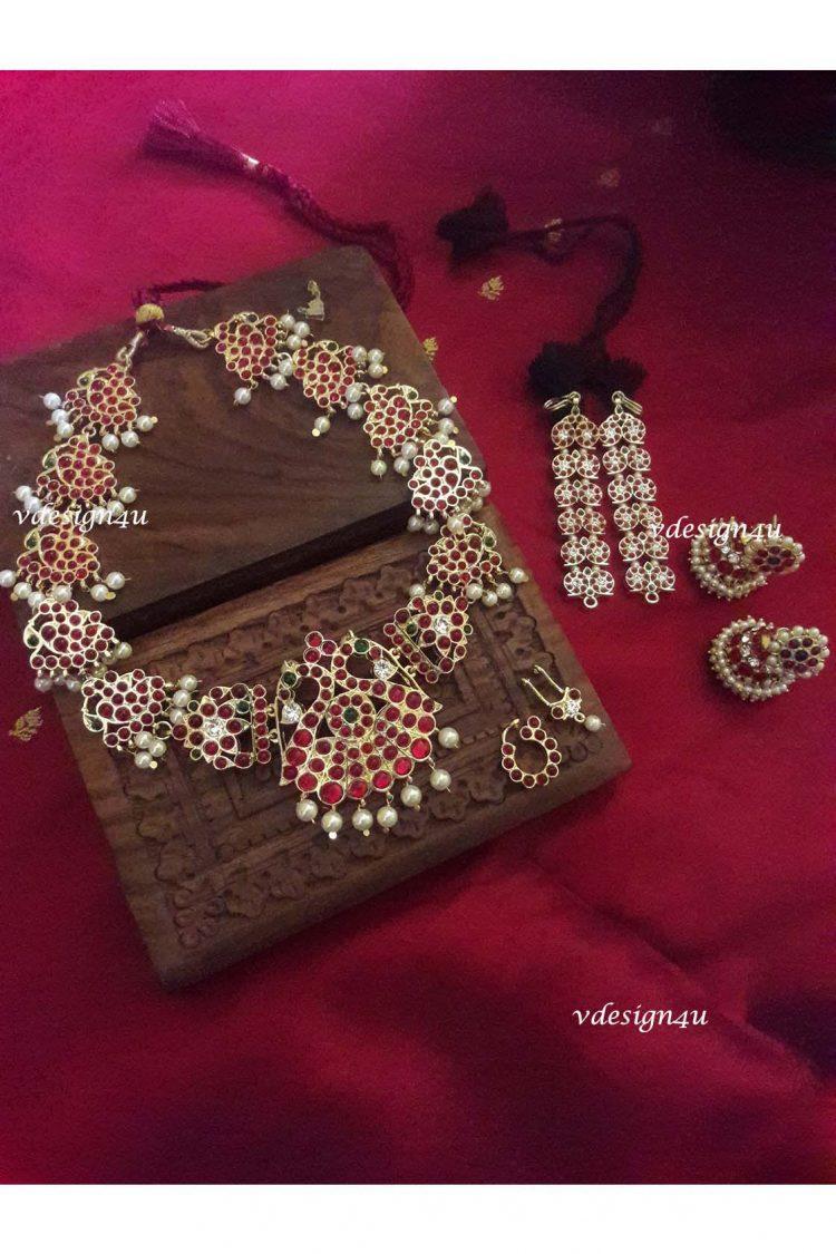 Temple Jewellery Set