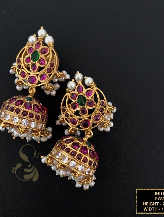 Beautiful Antique Kemp Jhumka