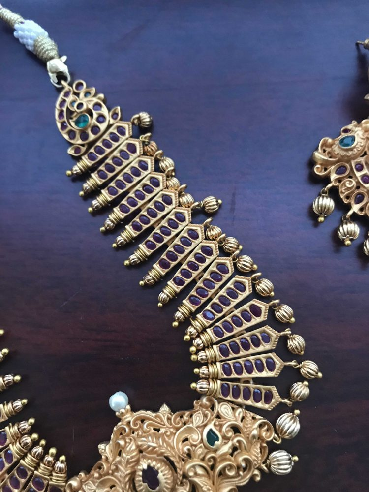 Grand Real Kempu Stone Pendant Necklace Set with earrings-04