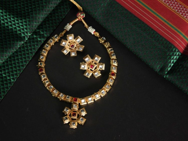 Traditional Kundan Necklace Set-01