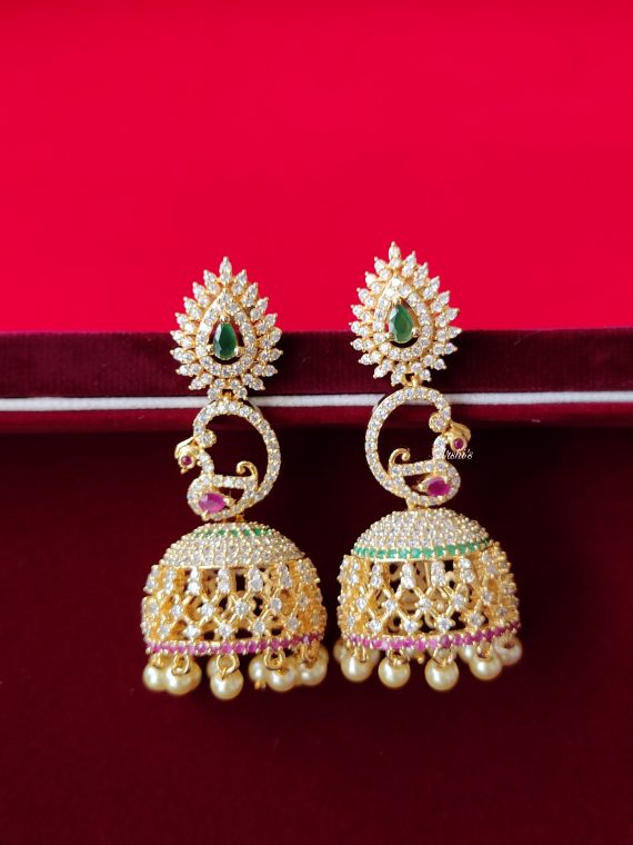 AD Stone Jhumka With Pearls