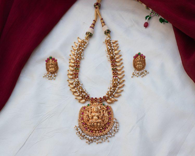 Antique Temple Pearl Necklace - 01