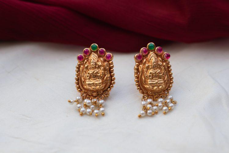 Antique Temple Pearl Necklace - 03
