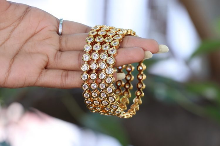 Single Stone Antique Bangles -01