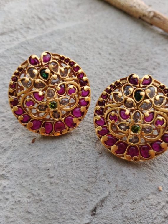 One Gram Gold Ear Stud-03