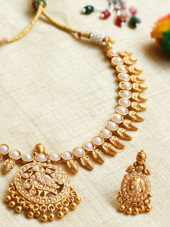 Simple Antique Pearl Necklace Set-01