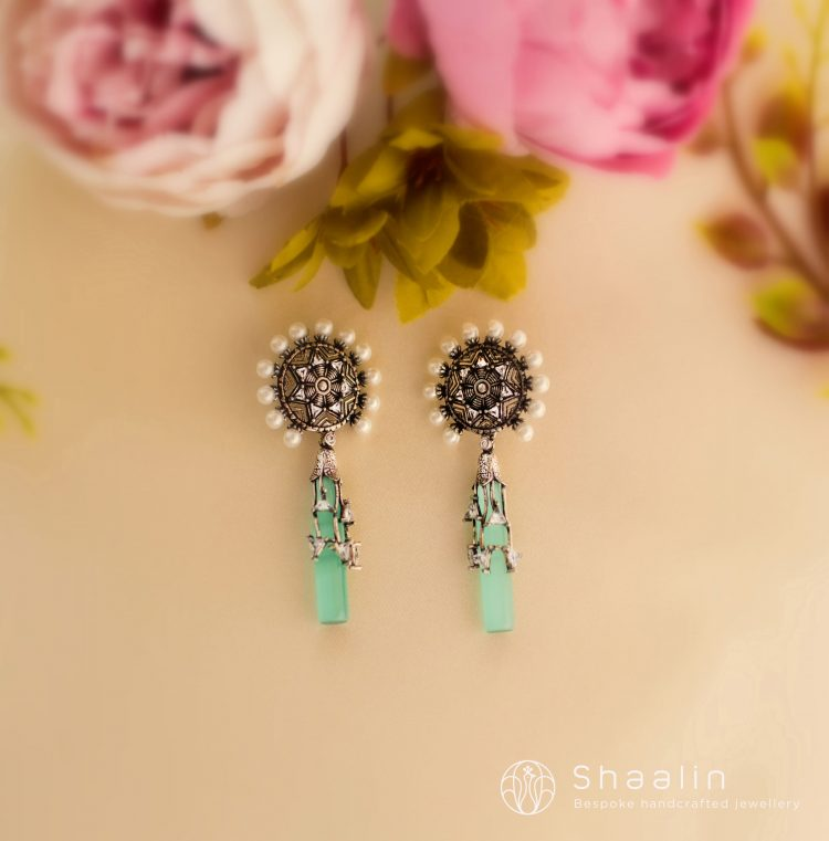 Classic Pearl Studded Fusion Earrings-02