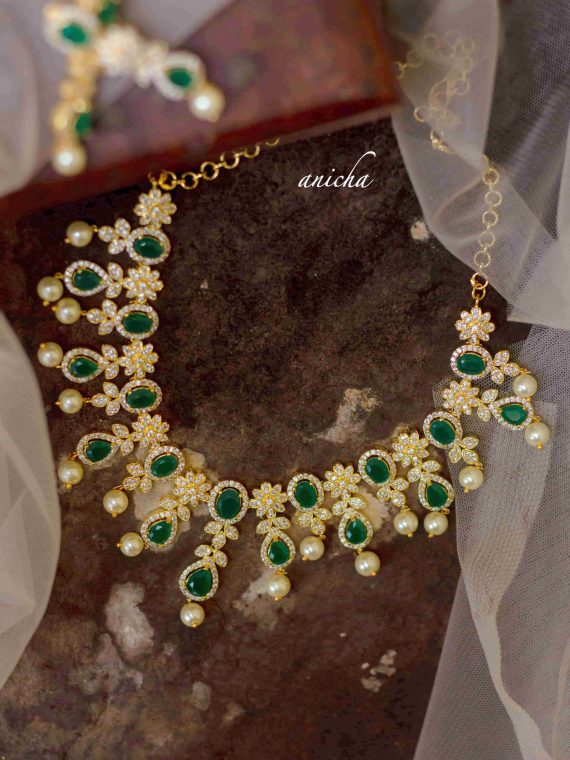 Beautiful White and Green Stone Necklace-01