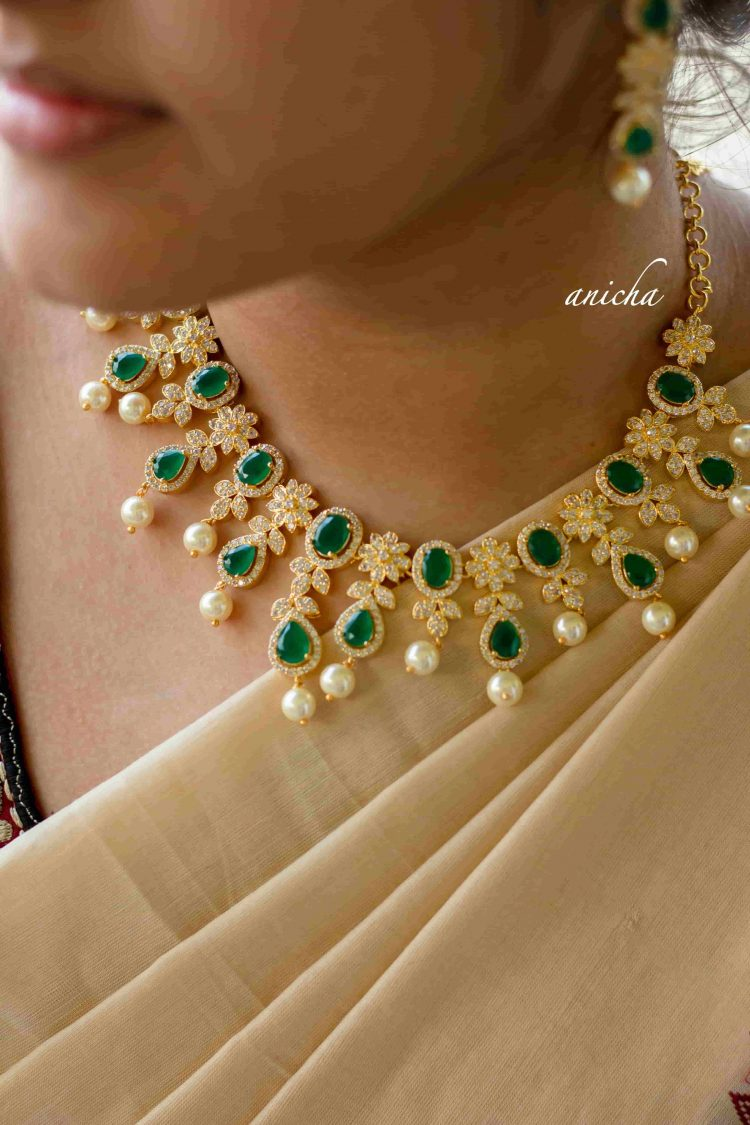 Beautiful White and Green Stone Necklace-02