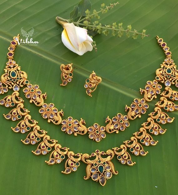 Beautifully Two Layered Floral Design Necklace-01