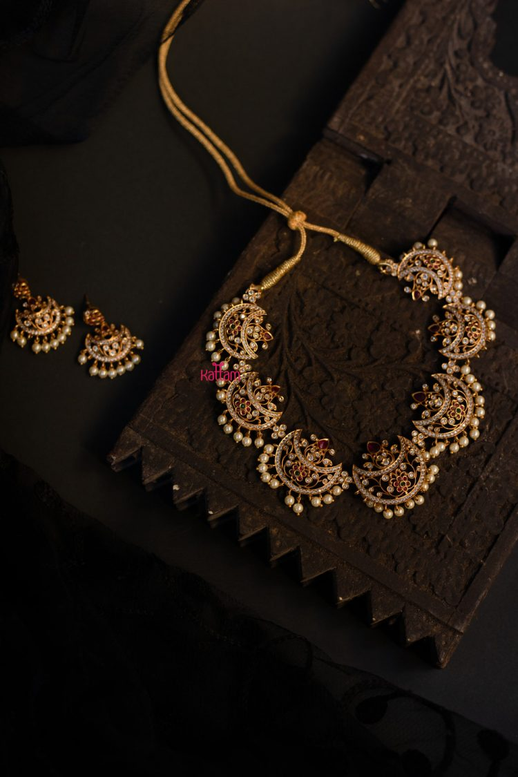 Designer Half Moon Necklace-01