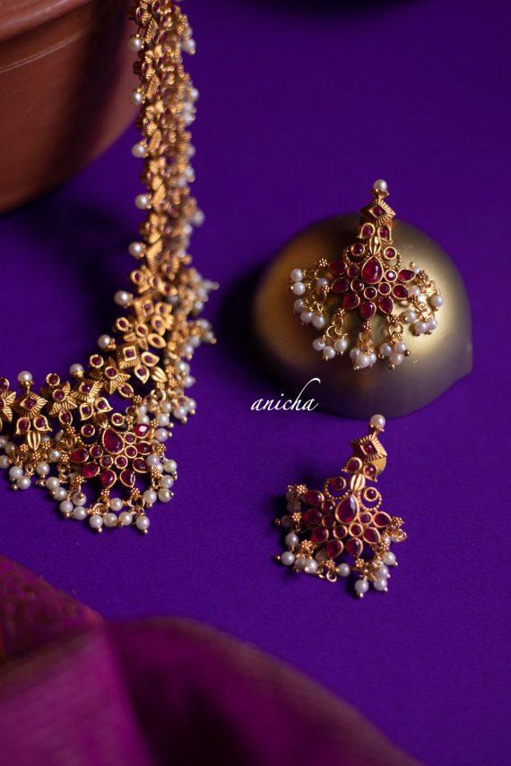 Flower Motif Ruby Stone Guttapusalu Haram-02