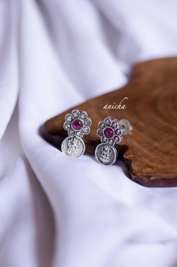 Gorgeous Silver Finish Lakshmi Coin Necklace-02