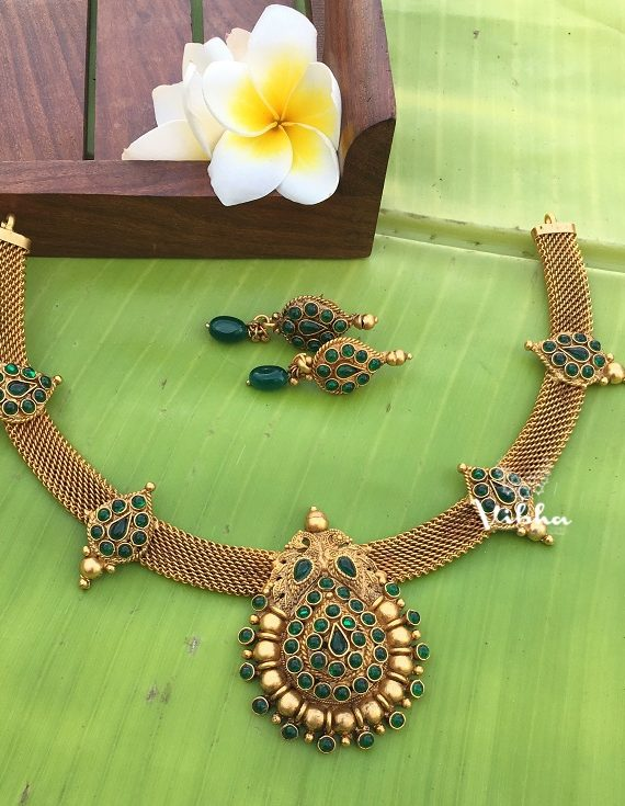 Gorgeous Traditional Design Matte Necklace-02