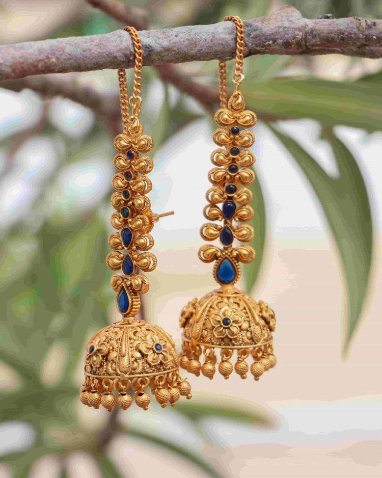 Grand Bridal Jhumkas with Ear Chains-03