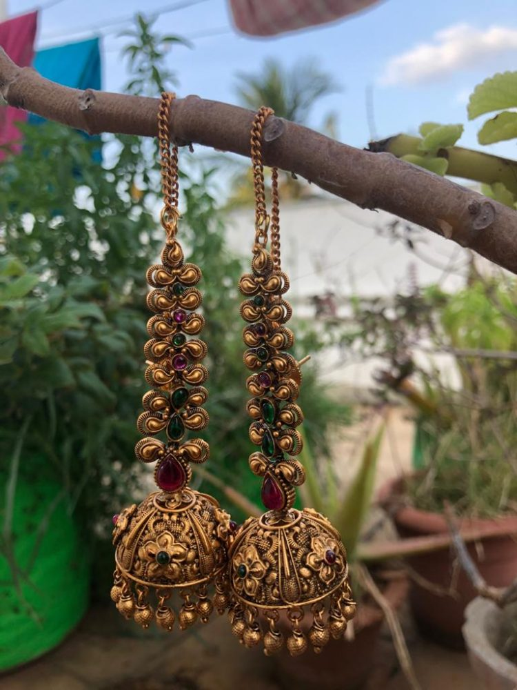 Grand Bridal Jhumkas with Ear Chains-05