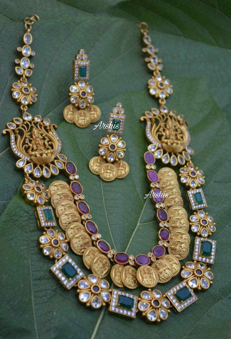 Multilayer Antique Necklace With Side Locket-02