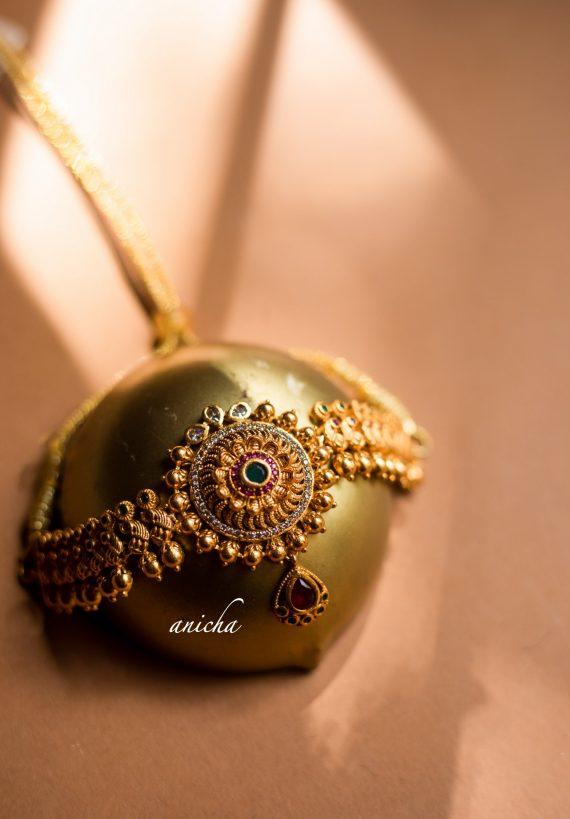Pretty Floral Chakra Pendant Choker-02