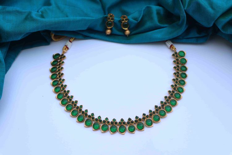 Simple Traditional Mango Short Necklace-01