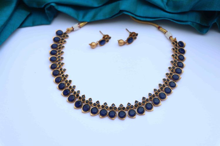 Simple Traditional Mango Short Necklace-02
