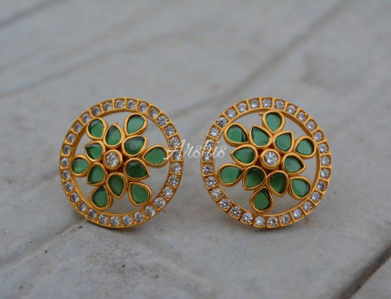 Traditional Royal Look Kemp and Green Ear Studs-02