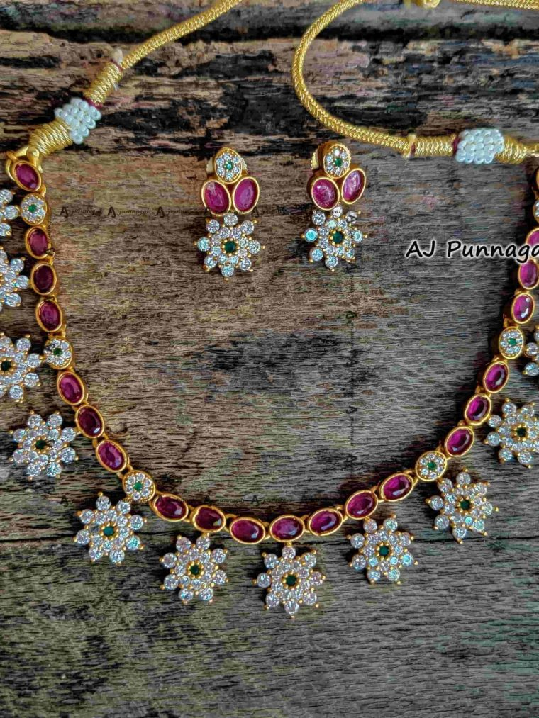 AD Matte Flower Design Short Necklace-01