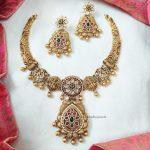 AD Matte Flower Design Short Necklace