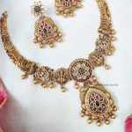 AD Matte Flower Design Short Necklace (2)