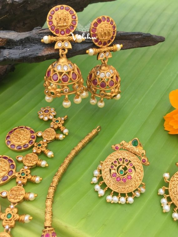Alluring Ramparivar and Sleek Designer Semi Bridal Combo-02