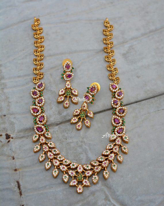 Beautiful Diamond alike Necklace-01