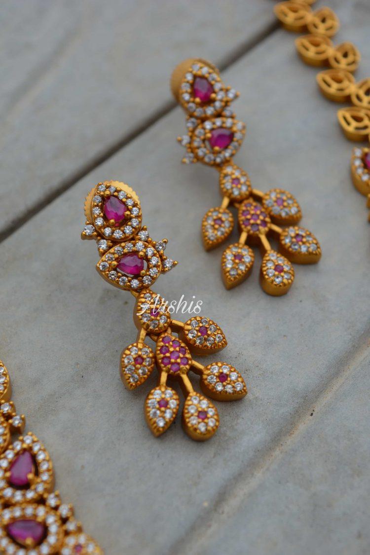 Beautiful Diamond alike Necklace-02