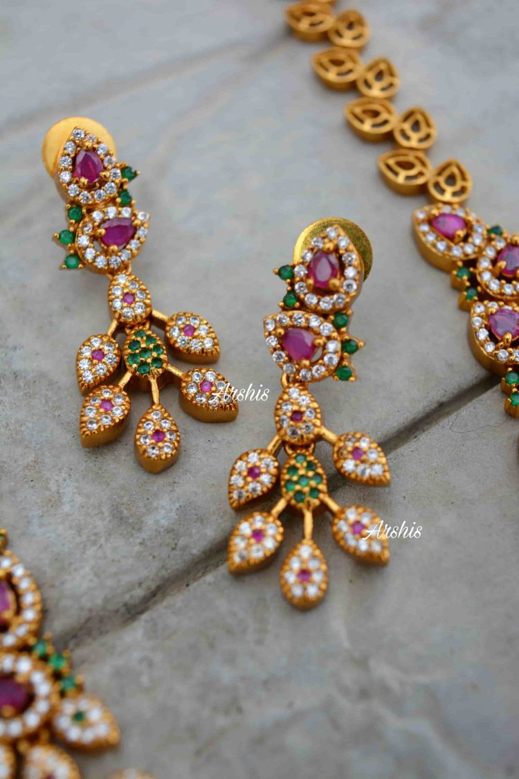 Beautiful Diamond alike Necklace-03