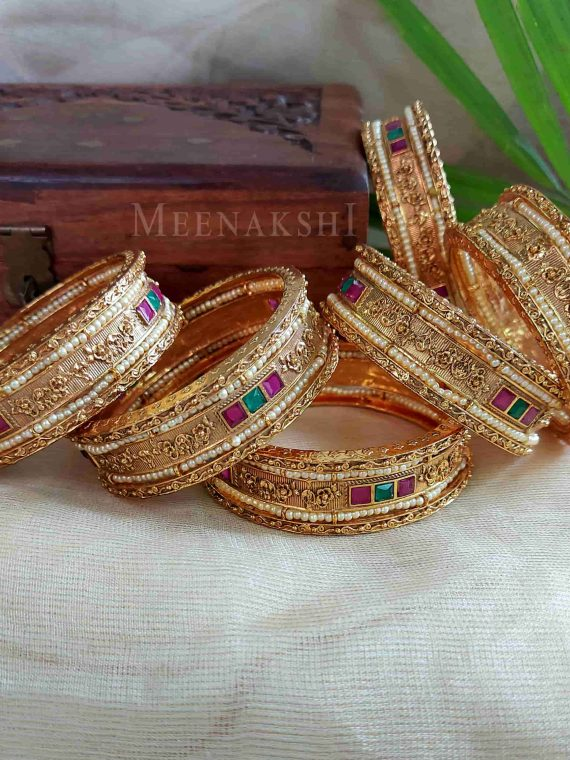 Broad Antique Motif Bangles-01