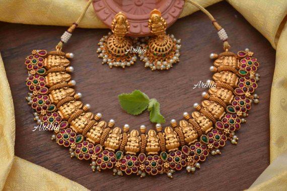 Flower Design Kemp & Green Stone Lakshmi Nagas Necklace-03