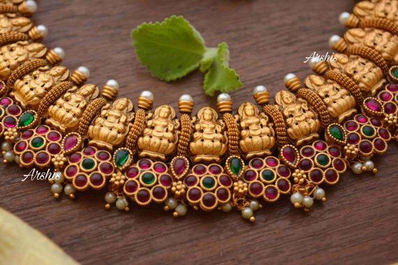 Flower Design Kemp & Green Stone Lakshmi Nagas Necklace-04