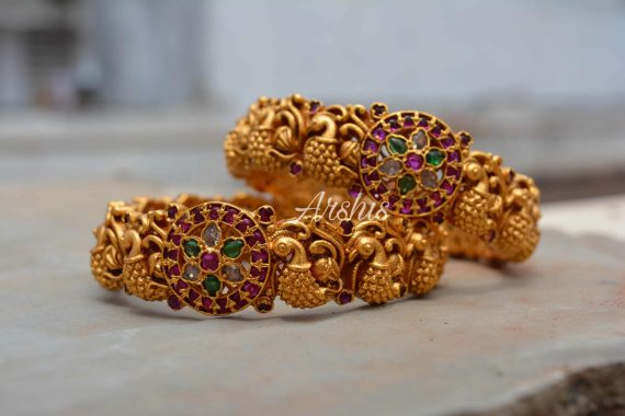 Handcrafted Temple Work Nagas Bangles-02