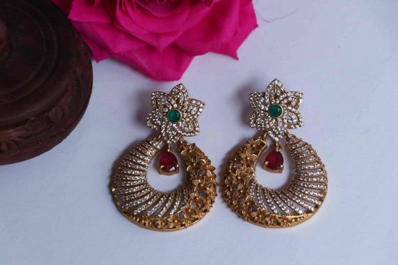 Imitation Floral Light Weight Earrings-02