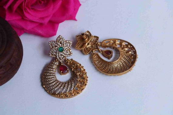 Imitation Floral Light Weight Earrings-03