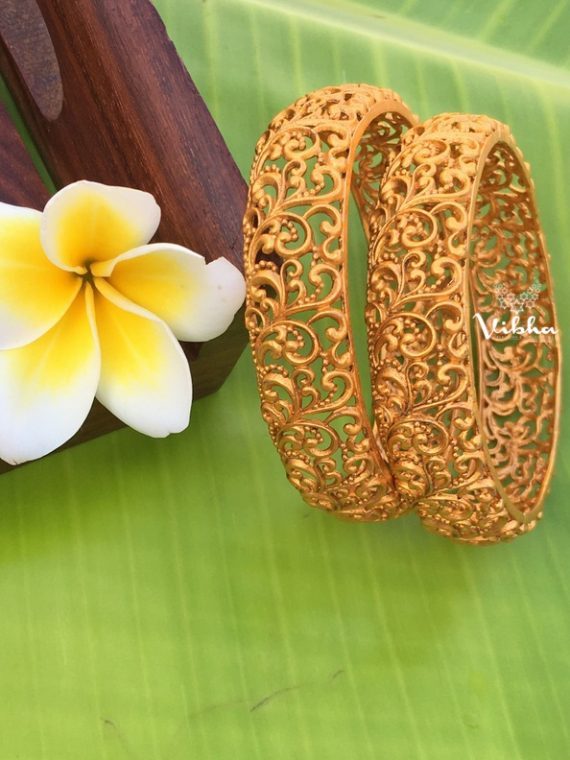 Imitation Gold Matte Finish Bangles-01