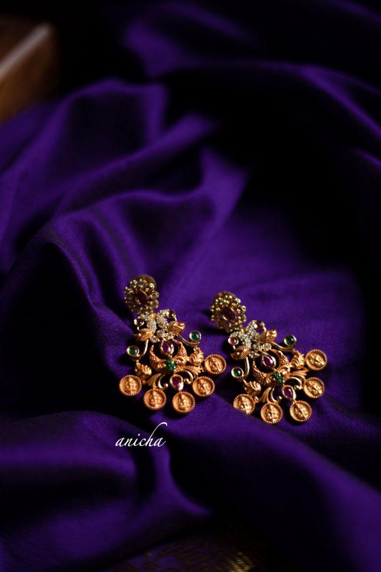 Imitation Gold Peacock Coin Necklace-02