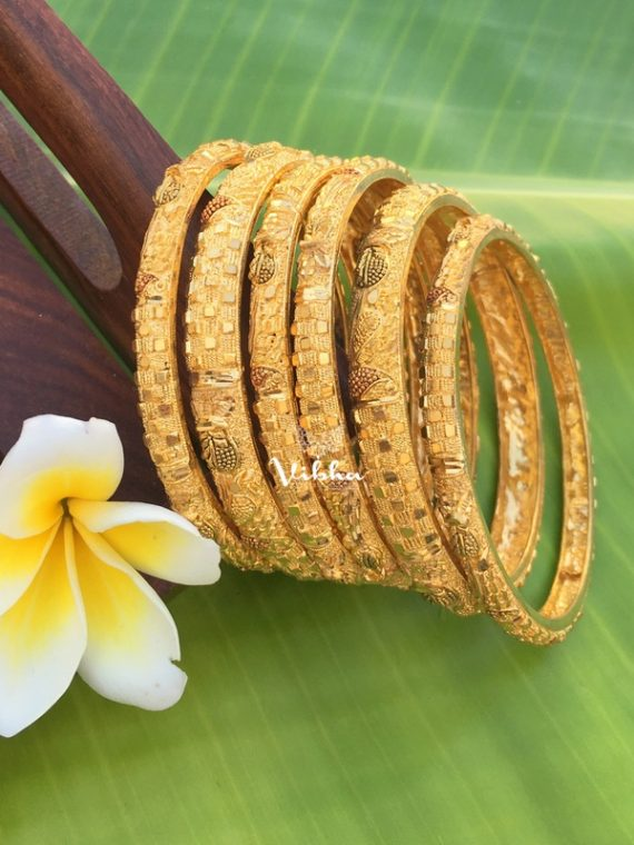 Imitation Gold Plated Set of 6 Bangles-01