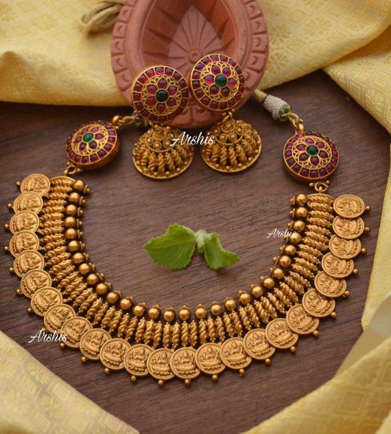 Lakshmi Coin with Side Mogapu Necklace-01