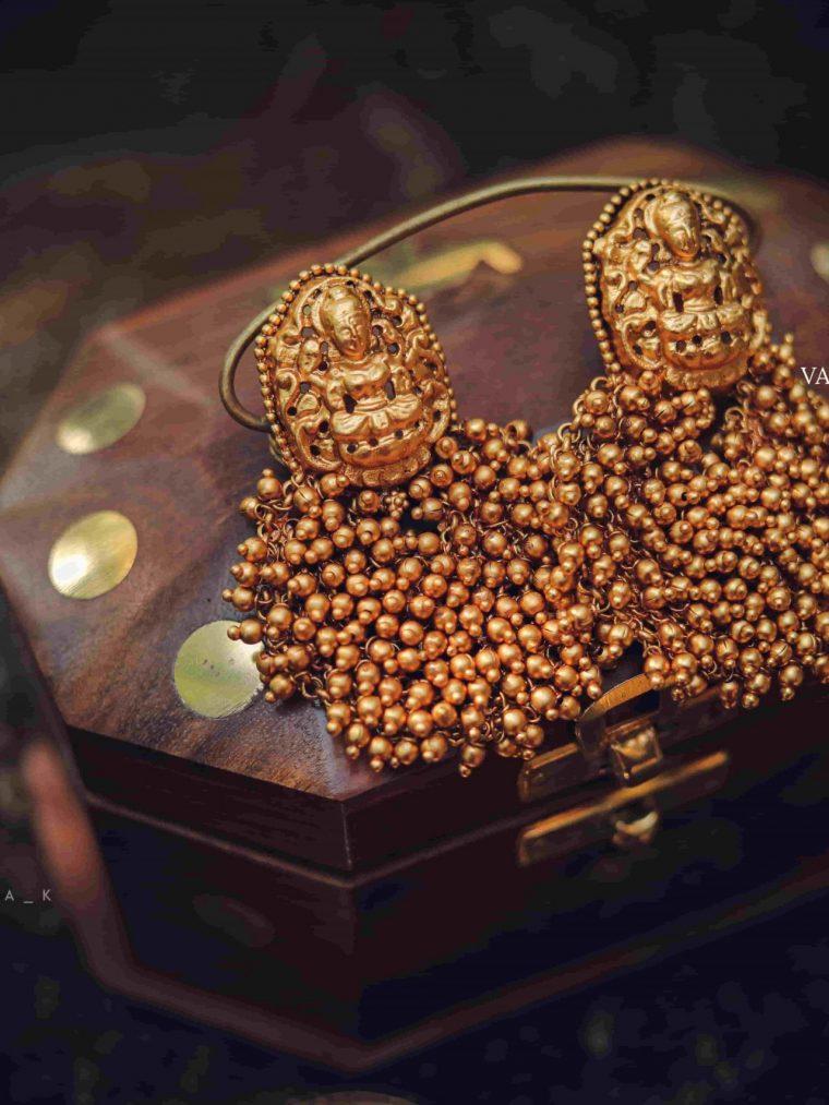 Matte Finish Temple Gungru Chandbali Earrings-01