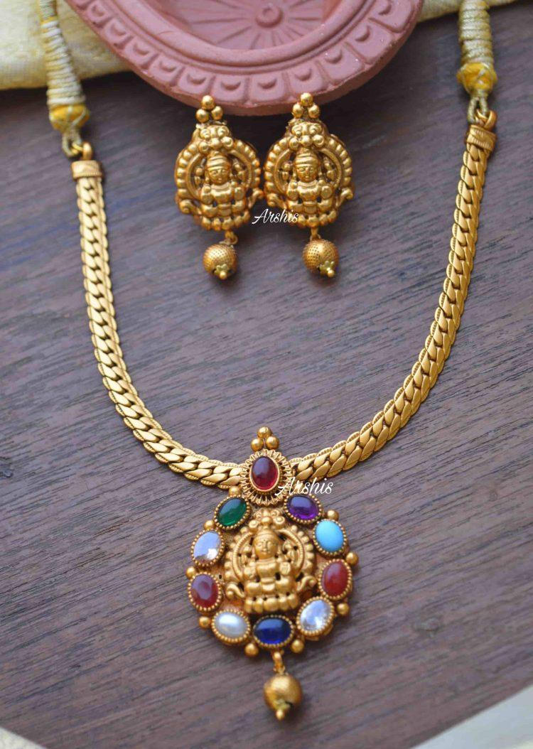 Simple Navarathna Lakshmi Pendant Necklace-01