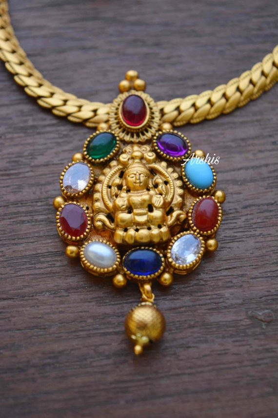 Simple Navarathna Lakshmi Pendant Necklace-02
