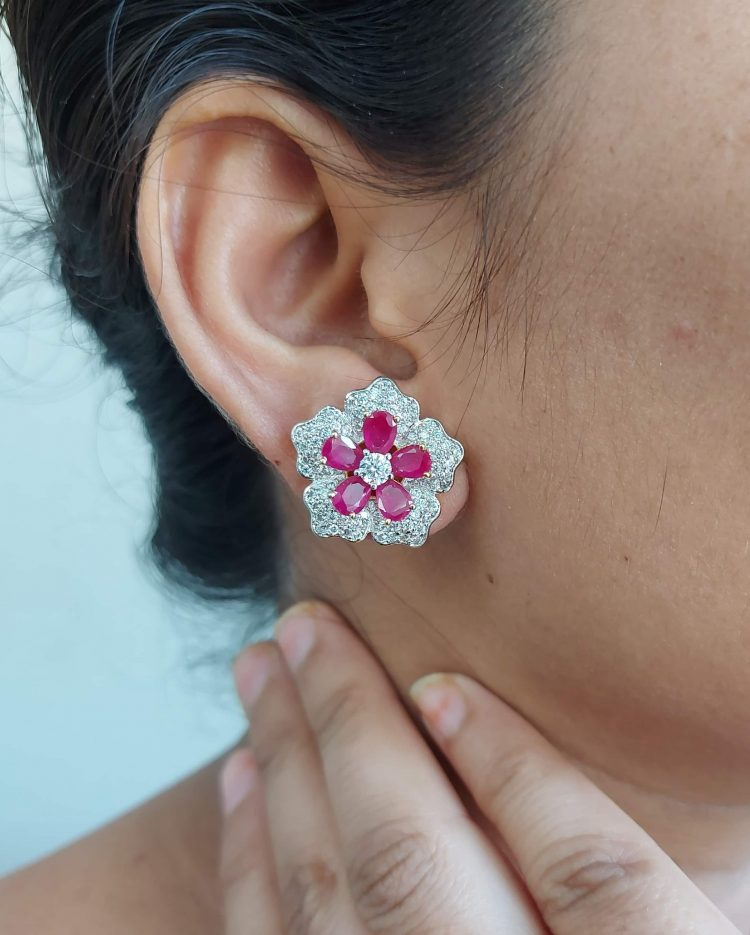 Sparkling Floral Diamond Eartops-03