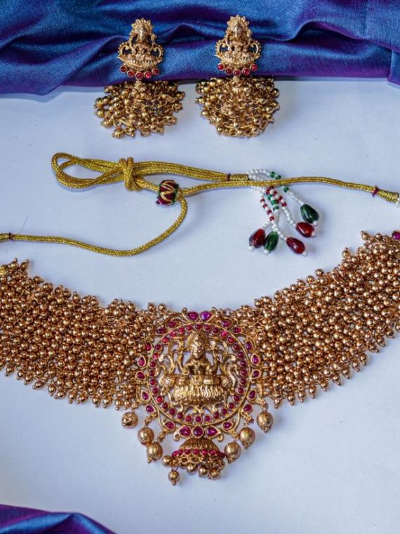 Traditional Matte Cluster Golden Beads Lakshmi Choker-01