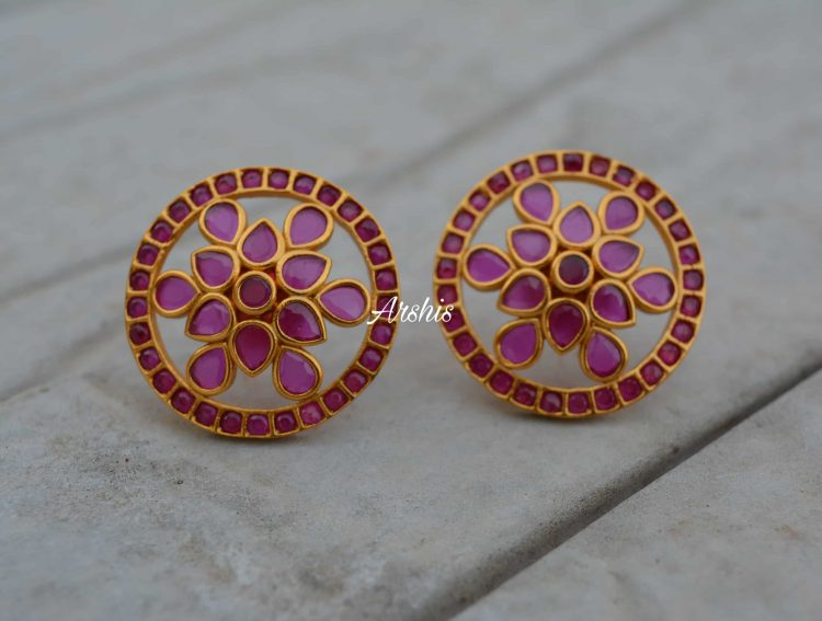 Traditional Royal Look Kemp and Green Ear Studs-01