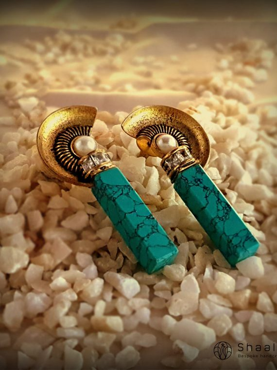 Unique Design Contemporary Turquoise Earrings-01